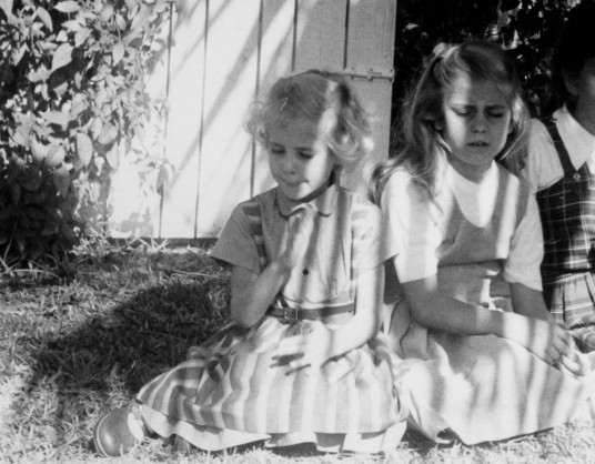 Pat Van Scoyoc and Donna Pennington as children.
